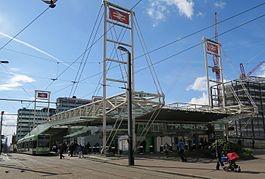 thumb_East_Croydon_station_April_2016_1024